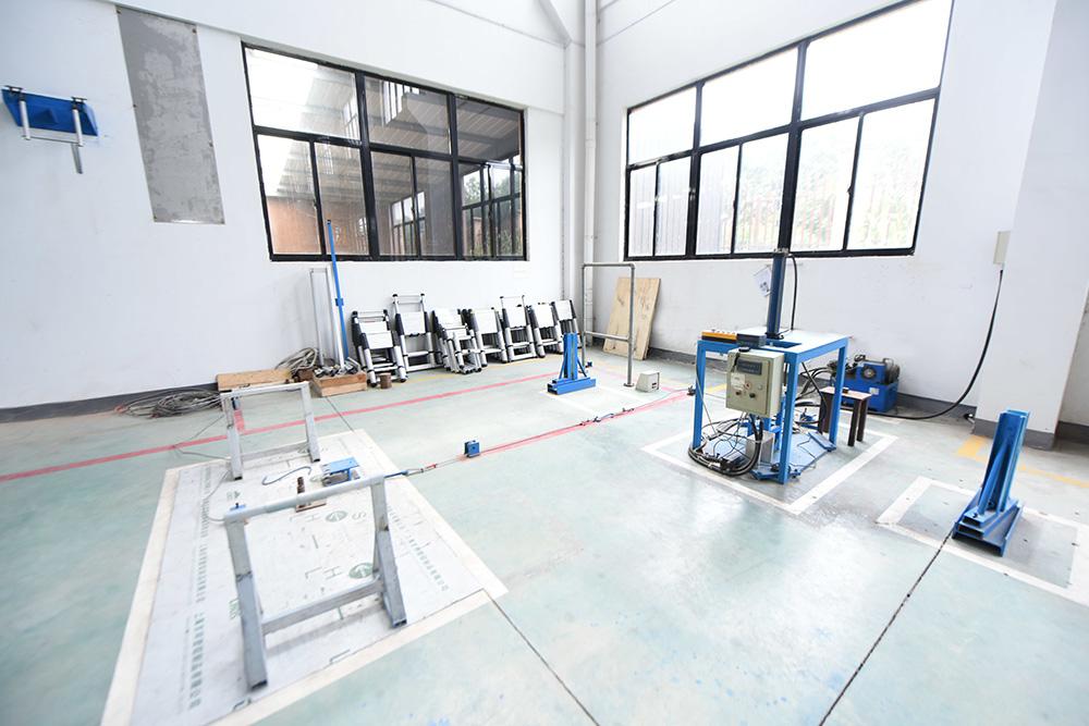 铝梯强度测试区